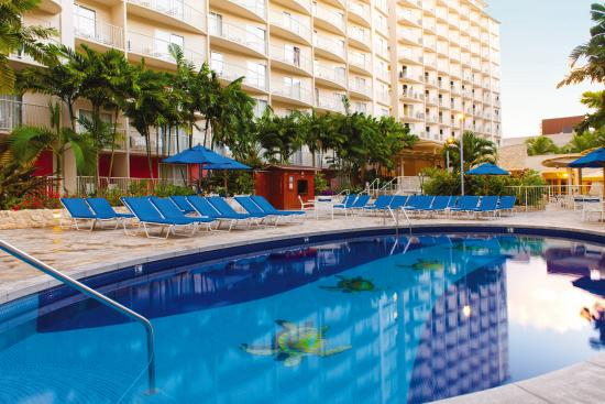 Wyndham at Waikiki Beach Walk