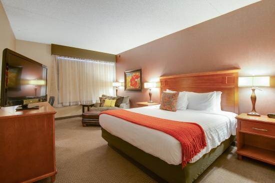 The Academy Hotel Colorado Springs: Executive Tower King
