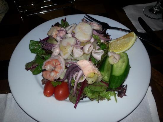 Mezza Luna Salad (seafood)