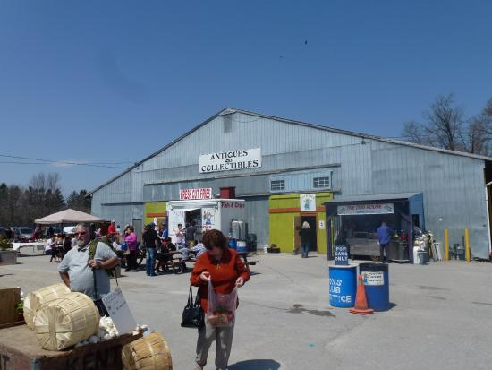 Courtice Flea Market