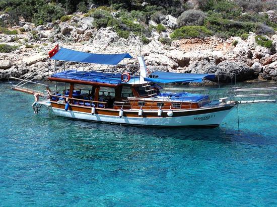 Bedeloglu1 Boat
