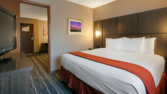 Best Western Riverside Inn: Business Suite - Sleeping Room