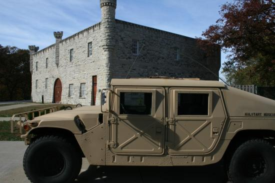 Illinois State Military Museum: Historic Museum