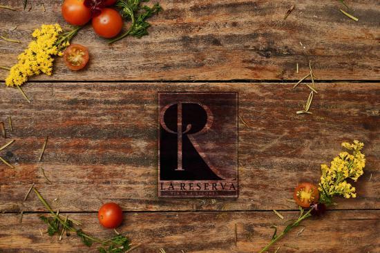 La Reserva vinos y Licores