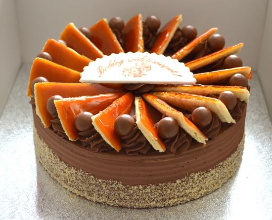 dobos torta képek Dobos torta   Picture of Sweet Passion Cakes, West Byfleet  dobos torta képek