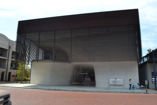 Louisiana Sports Hall of Fame and Northwest Louisiana History Museum: simple screen
