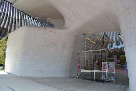 Louisiana Sports Hall of Fame and Northwest Louisiana History Museum: entry