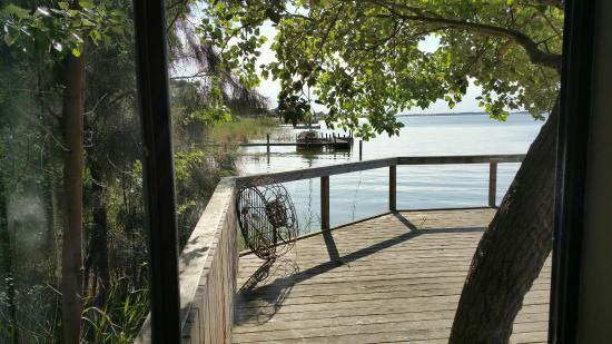 Birks Harbour - Boathouse & Birks River Retreats: The deck outside the cottage