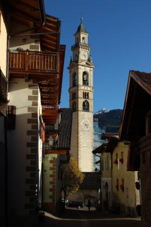 Tesero, Italia: Dal vicolo