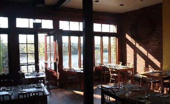 River Street Cafe: The view out the rear windows