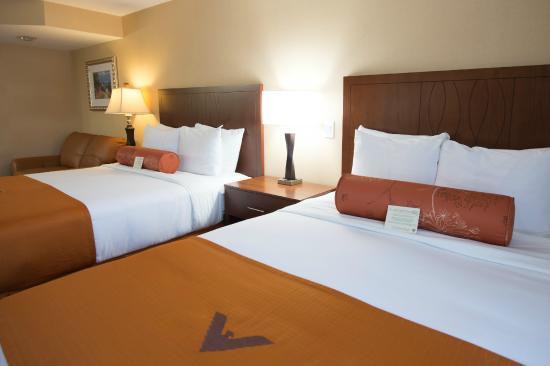 Phoenix Inn Suites South Salem: Standard Double Queen Suite