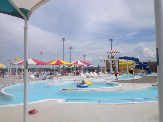 Clarksville Aquatic Center