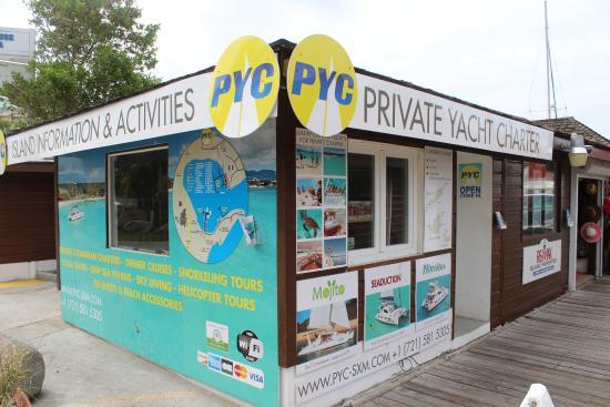 Oyster Pond, St-Martin/St Maarten: CHARTER YACHTS