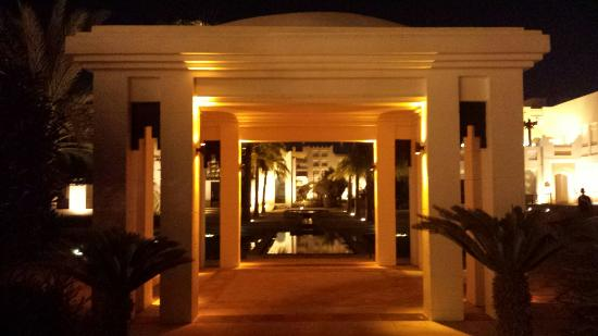 Six Senses Spa at Sharq Village & Spa