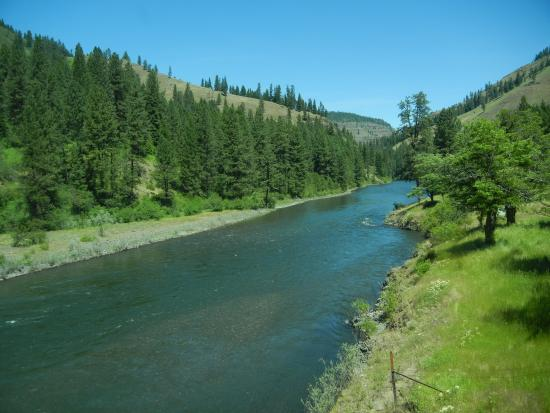 Eagle Cap Excursion Train: The Grande Ronde River
