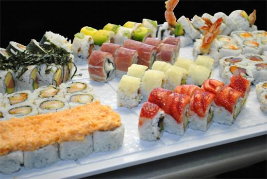 Ikebana Sushi Bars - Isla Verde: Sushi Sampler
