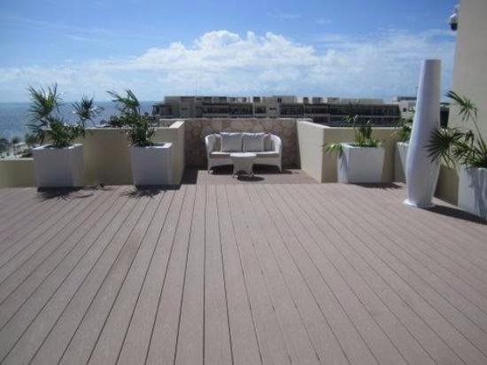 Terrace for events picture of royalton riviera cancun for 15 royal terrace day spa