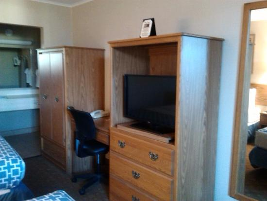 Econo Lodge Beckley: interior