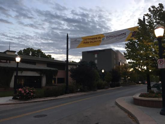 Grand Junction, CO: Support for Colorado Mesa University along Main Street