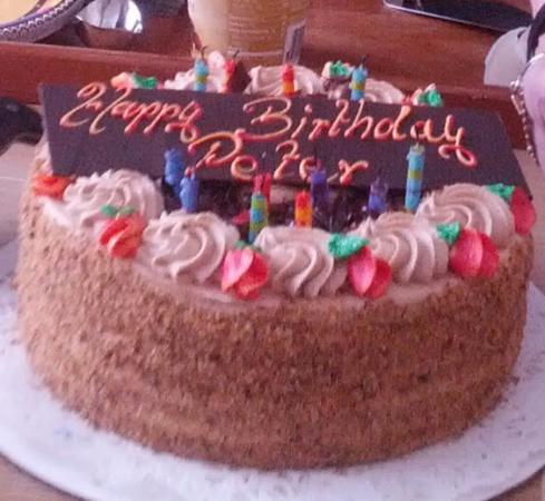 Graf's Pastry : Hazelnut Torte