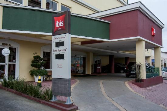 Entrada Hotel Ibis Joinville