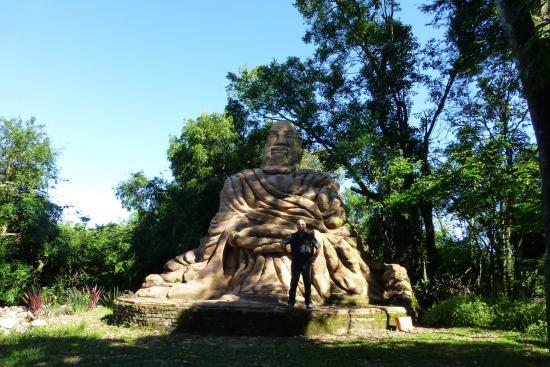 Julio de Castilhos, RS: Jardim das Esculturas - São João dos Mellos, Júlio de Castilhos, RS