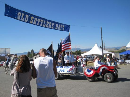 Clyde Park, MT: Old Settlers' Day Parade in August
