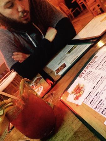 Hurricanes Pub & Grill
