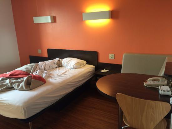 Motel 6 Martinsburg: Bedroom