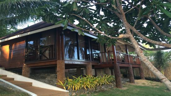 Anda White Beach Resort: Beach Front Bungalow