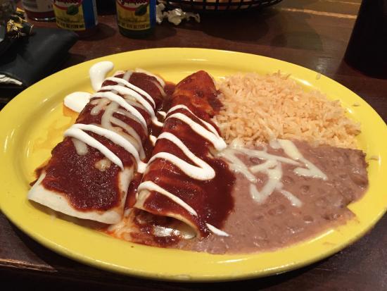 Anejo's Bistro and Bar: Smothered Burrito and enchalidia