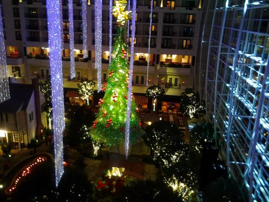 Atrium View At Christmas Picture Of Gaylord National