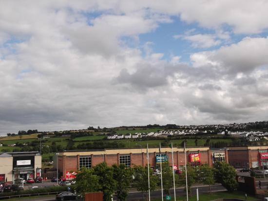 Radisson Blu Hotel, Letterkenny: View from room over front porch