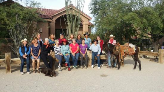 Yucca, AZ: Granite Mountain Riders, from Prescott AZ ... all woman horse group on a retreat .... FABULOUS!