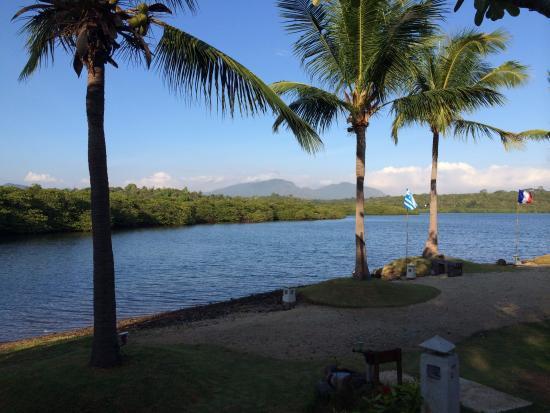 Mimpi Resort Menjangan: garden