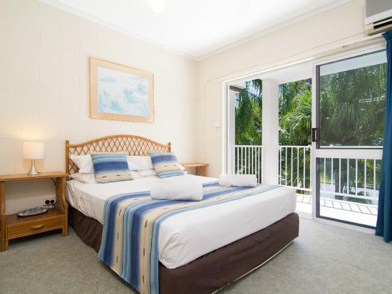 Titree Resort Holiday Apartments: Main bedroom Standard apartment