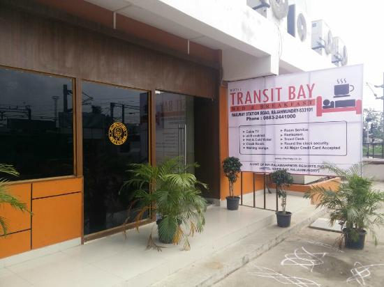 Hotel Transit Bay