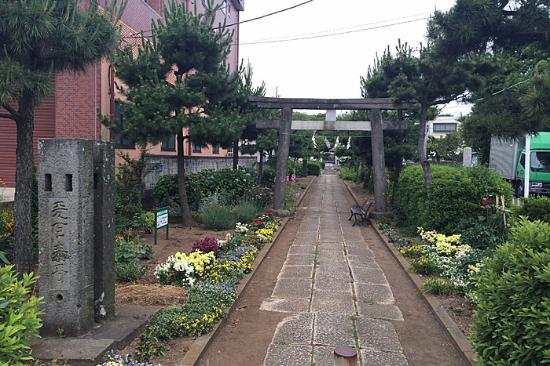 Niizo Hikawa Shrine