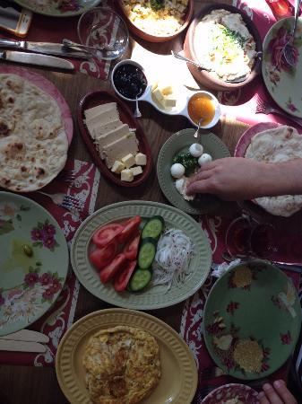 Sufra Restaurant: Sufra breakfast