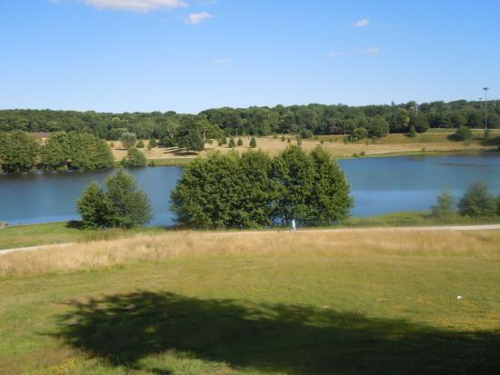 Novotel Limoges Le Lac: Le lac