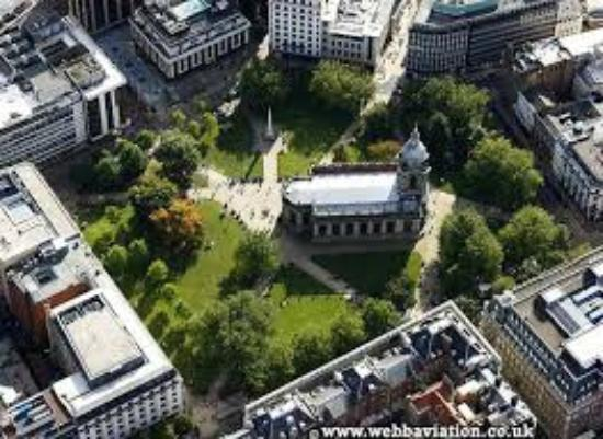 Birmingham Cathedral: St. Philip's from the air