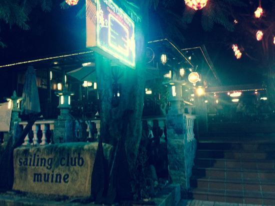 Novela Muine Resort & Spa: Hotel front
