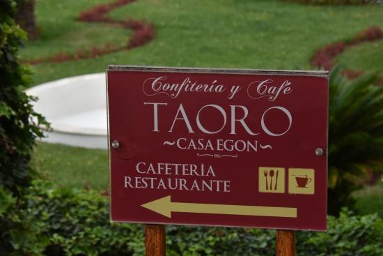 Jard n de la victoria cartel indicador de casa egon for Restaurante casa jardin