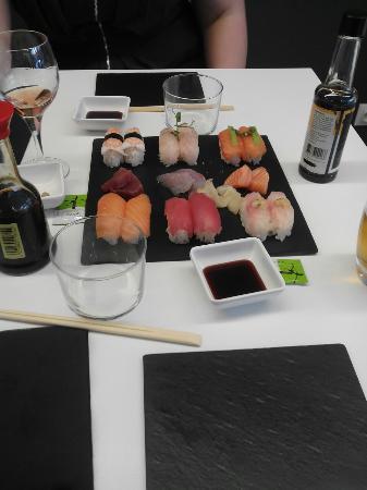 b.sushi: IMG_20151023_132923_large.jpg