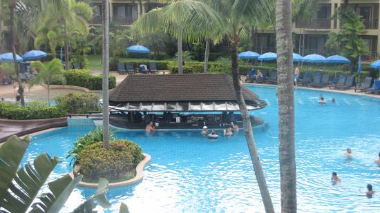 Et Marriott Resort Spa Merlin Beach Swim Up Bar