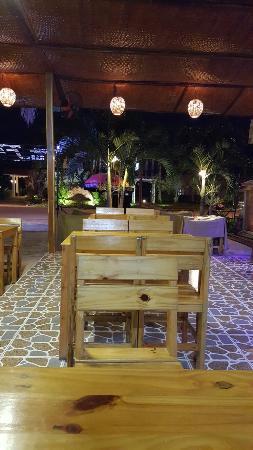 F5 restaurant & bar