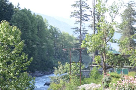 Hotel Beas (HPTDC) : View from our room