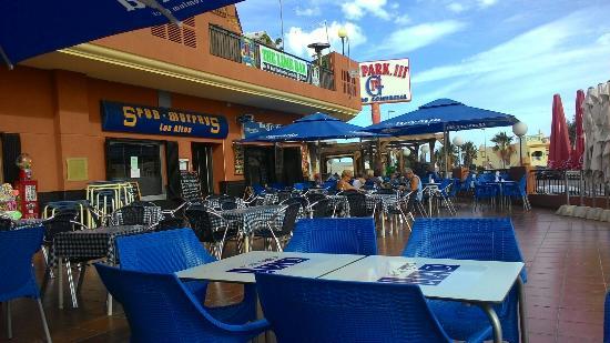 CK1 Cafe Bar