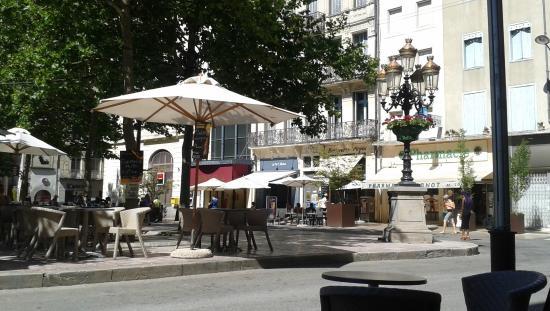 La Bastide Saint Louis: Place Carnot