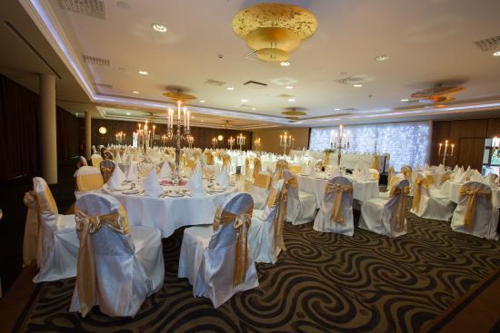 Athlone springs hotel irlande voir les tarifs 18 avis for Salle a manger wales
